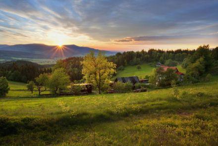 Jan Bocek - Západ slunce nad Ostrým